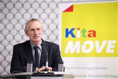 """Dr. Hans-Jürgen Hallmann eröffnet die Fachtagung """"Das Kita-MOVE Konzept"""" am 10. und 11. Mai 2017 in Düsseldorf"""